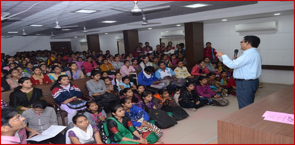 Prof. R. R. Thosare creating entrepreneurial awareness among the students